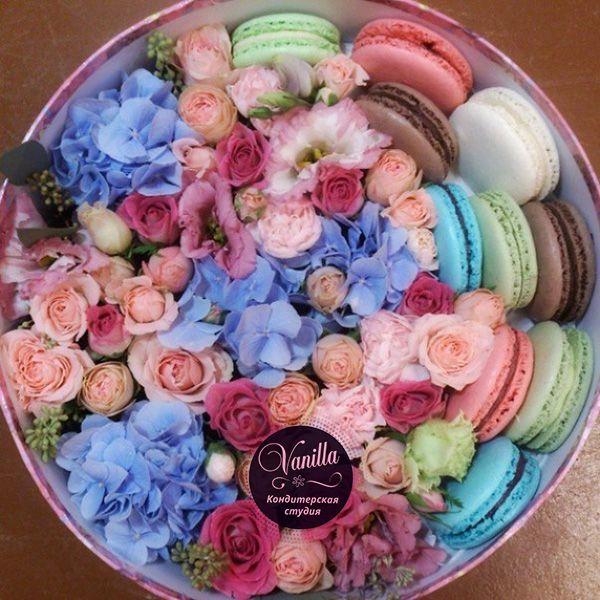 Цветы в коробке с макарони своими руками